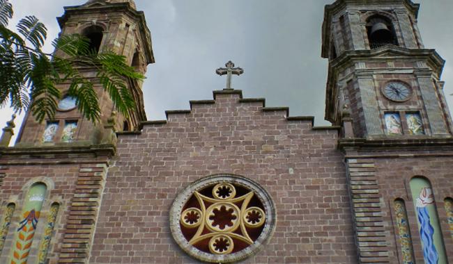 Elizondo Iglesia