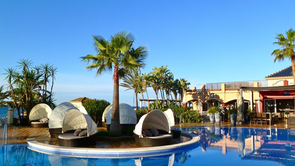 Marbella: Beach and religious feelings during your Easter holidays