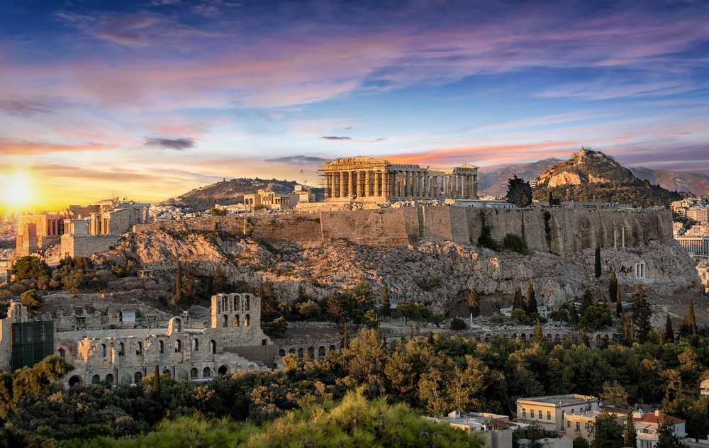 7-minute guide: Driving in Greece